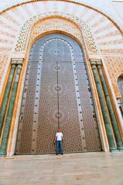 Maza in front of the Hassan II Mosque
